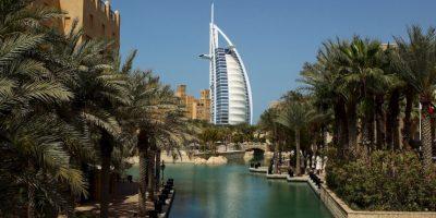 Ciudades como Dubai, en Emiratos Árabes Unidos y Bandar Abbas, en Irán, podrían alcanzar temperaturas promedio muy superiores a los 35ºC (95F), el límite para una supervivencia humana óptima. Foto: Getty Images