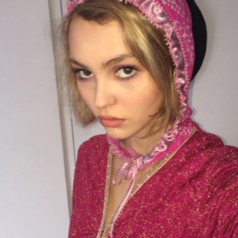 La modelo tiene un gran parecido con Lily Rose Depp, la hija de Johny Depp y Vanessa Paradis, quien tiene 16 años. Foto:Vía instagram.com/lilyrose_depp