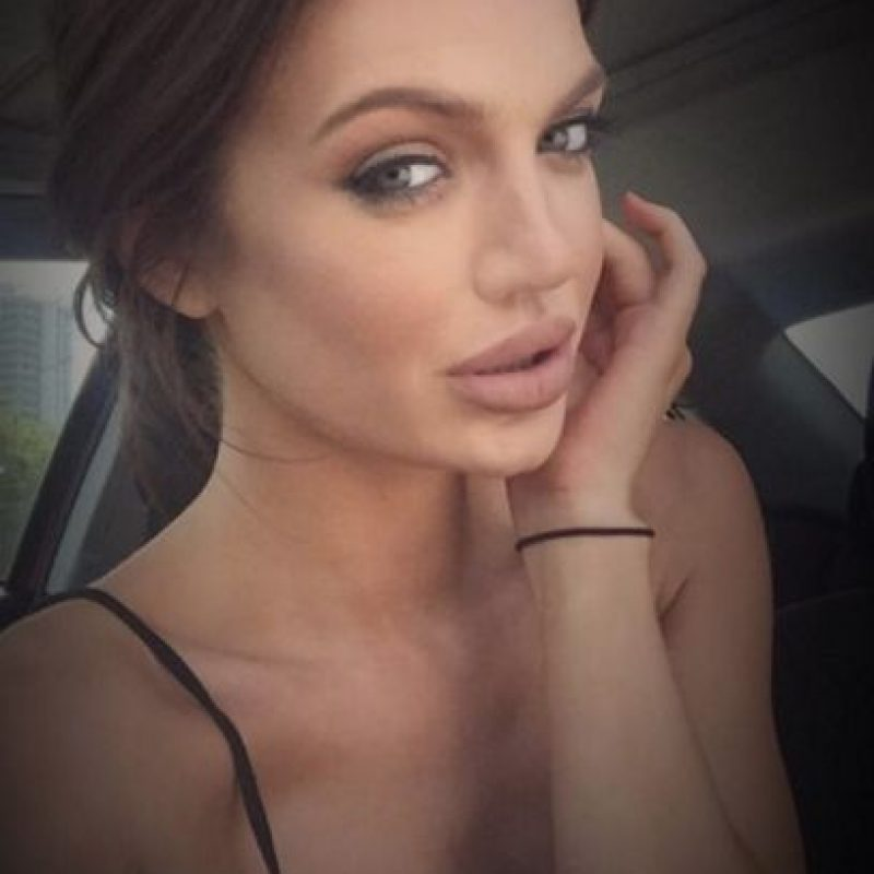 Chelsea Marr es escocesa y tiene 24 años, pero su fama la debe a este gran parecido que tiene con Angelina Jolie. Foto:Vía instagram.com/chelseamarr31