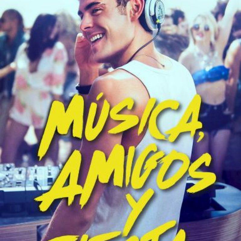 """""""Amigos, música y fiesta"""". Disponible a partir del 16 de diciembre. Foto:vía Netflix"""
