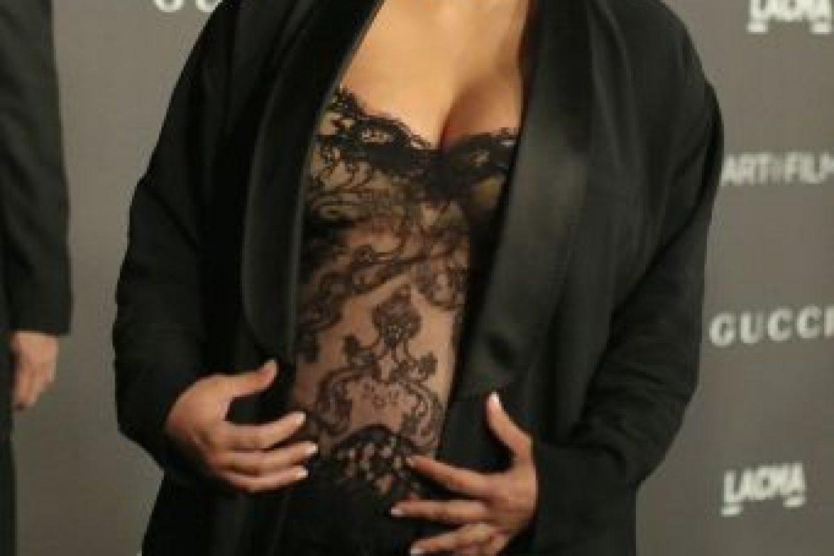 A principios de noviembre, volvió a las transparencias con este vestido Foto:Getty Images