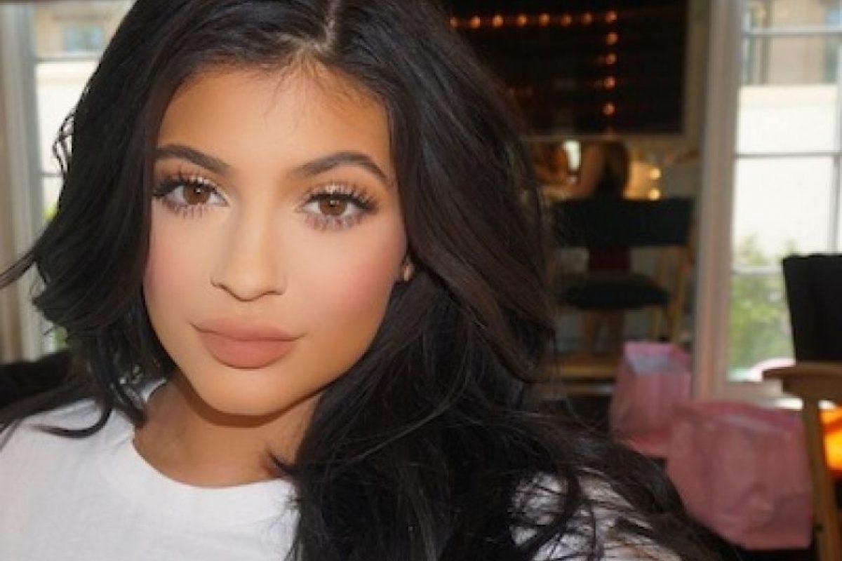 Kylie Jenner está en espera de cumplir 18 años para filtrar un video porno, como lo hiciera en el pasado Kim Kardashian. Foto:Instagram/KylieJenner