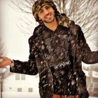 Además de sexy y atractivo, Omar cautiva con su sonrisa. Foto:Vía Instagram/@omarborkan