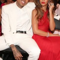 En 2009 la cantante recibió una tremenda golpiza de parte de su entonces novio, Chris Brown. Foto:Getty Images