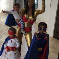 De esta manera, Kourtney se convirtió en madre de tres pequeños. Foto:vía instagram.com/kourtneykardash