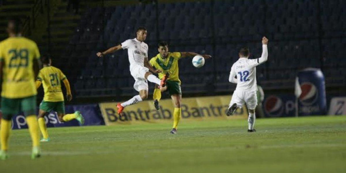Comunicaciones sella su clasificación a semifinales con goleada