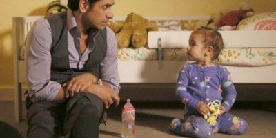 En esta serie lo podemos ver en el papel de un amoroso padre. Foto:vía instagram.com/johnstamos