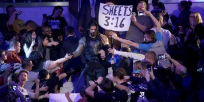 Al final, Roman Reings y Sheamus quedaron sobre el ring. Foto:WWE