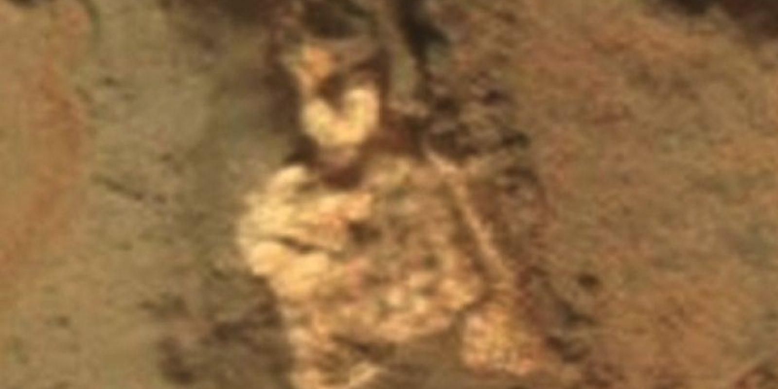 Supuesto esqueleto alienígena descubierto en Marte en junio de 2015
