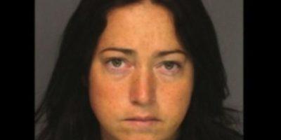 Nicole DuFault, de 35 años. Acusada de tener sexo con seis alumnos Foto:Essex County Sheriff's Office