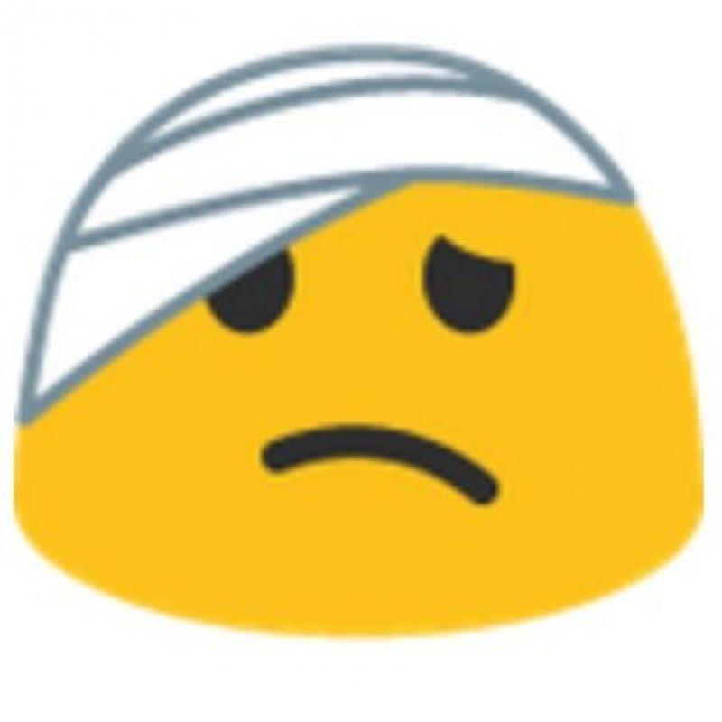 Venda en la cabeza. Foto:vía emojipedia.org