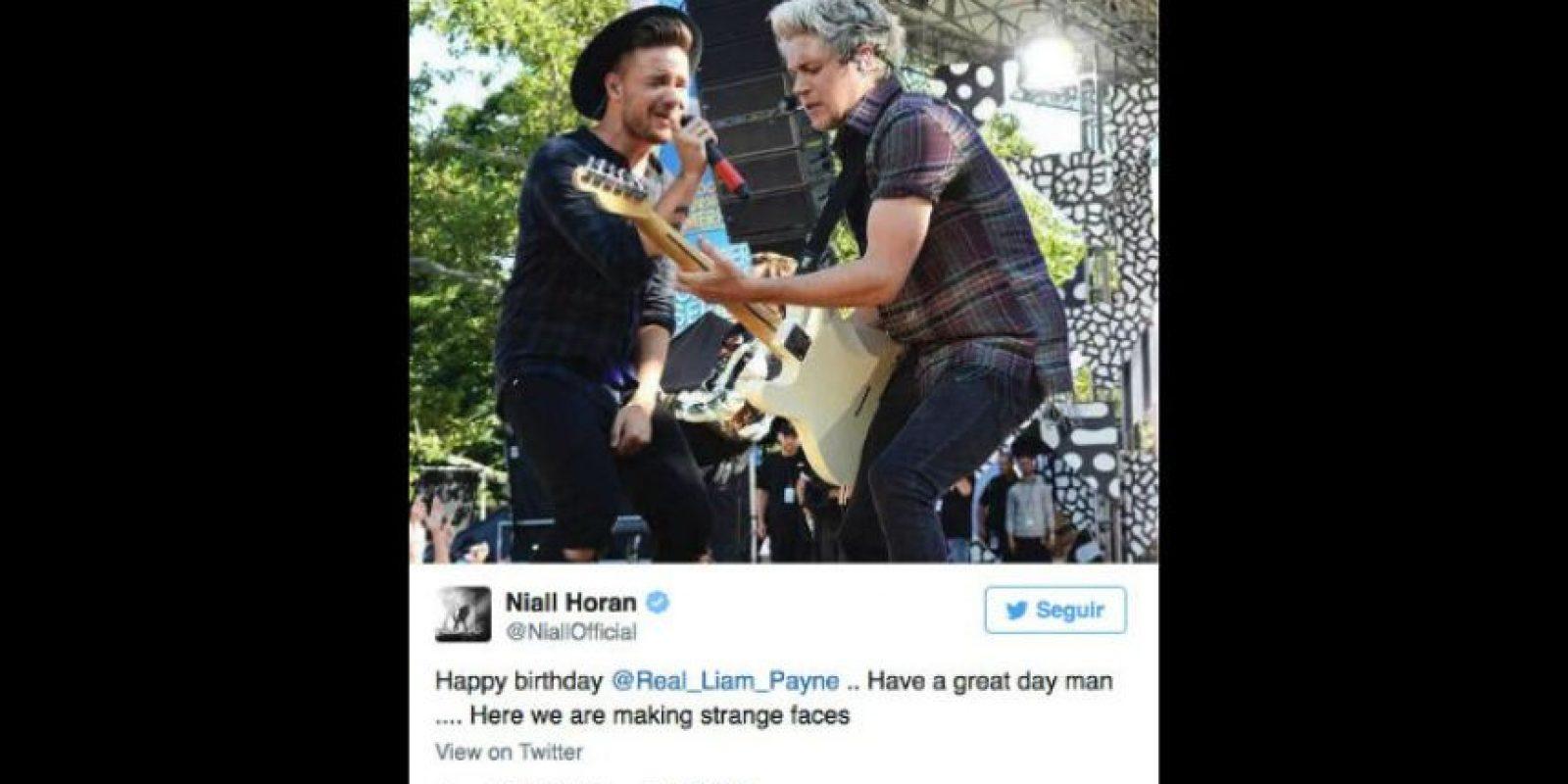 El cantante le dedicó esta divertida imagen a su amigo, Liam Payne en su cumpleaños. Foto:vía twitter.com/niallhoran
