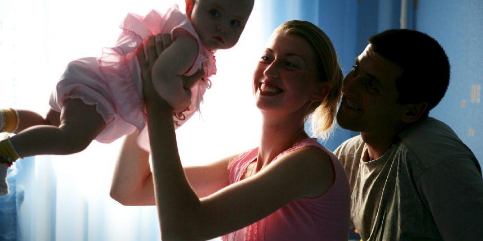 """""""Ella necesita una familia para pasar Navidad"""". Foto:vía Getty Images"""