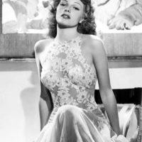 """Pero no se le tenía en cuenta para nada más. De hecho, hasta llegó a decir que los hombres """"se acuestan con Gilda y despiertan conmigo"""". Foto:vía Getty Images"""