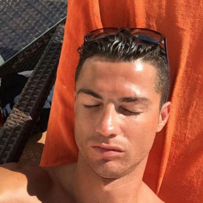 Incluso, el futbolista ha compartido estas imágenes en sus redes sociales. Foto:Vía instagram.com/badrhariofficial