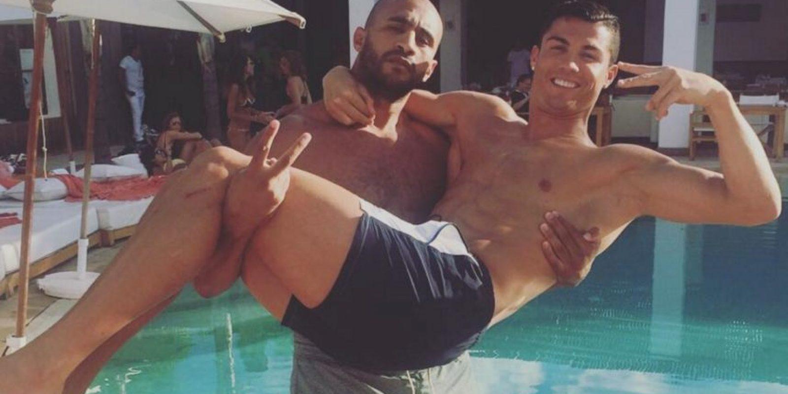 Según medios españoles, el portugués viaja seguido a Marruecos para estar con su amigo. Foto:Vía instagram.com/badrhariofficial
