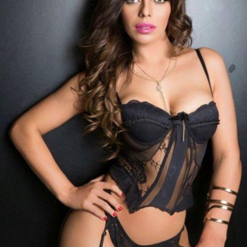 Hace una semana, la Miss BumBum visitó México y también las oficinas de Playboy, por lo que pronto podría sorprender con un posado en la famosa revista. Foto:Vía instagram.com/suzycortezoficial