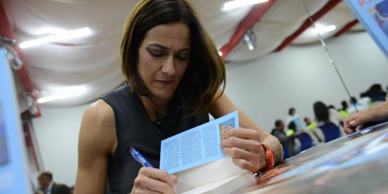 Fernández comparte en las páginas de su libro sus experiencias y aprendizajes a través del deporte. Foto:Luis Carlos Nájera