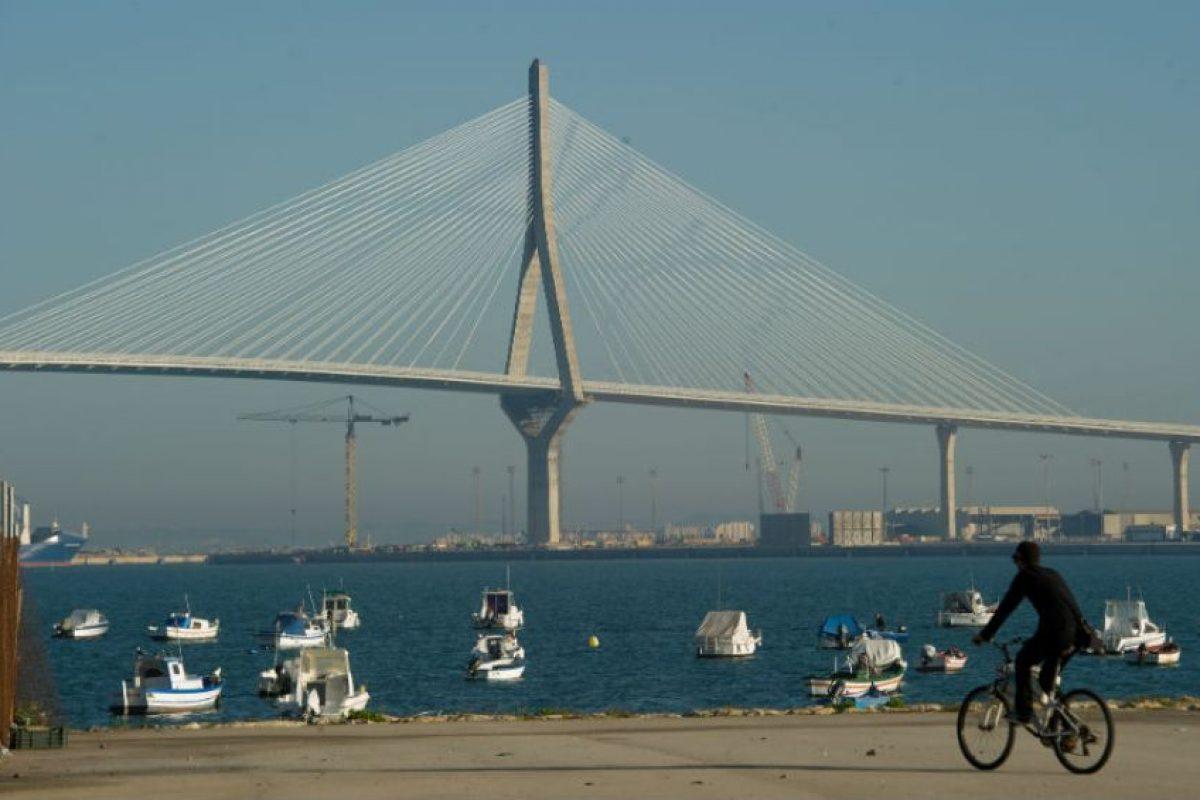 Las autoridades en Cádiz lograron atrapar a seis miembros del grupo, entre ellos el químico. Foto:Getty Images