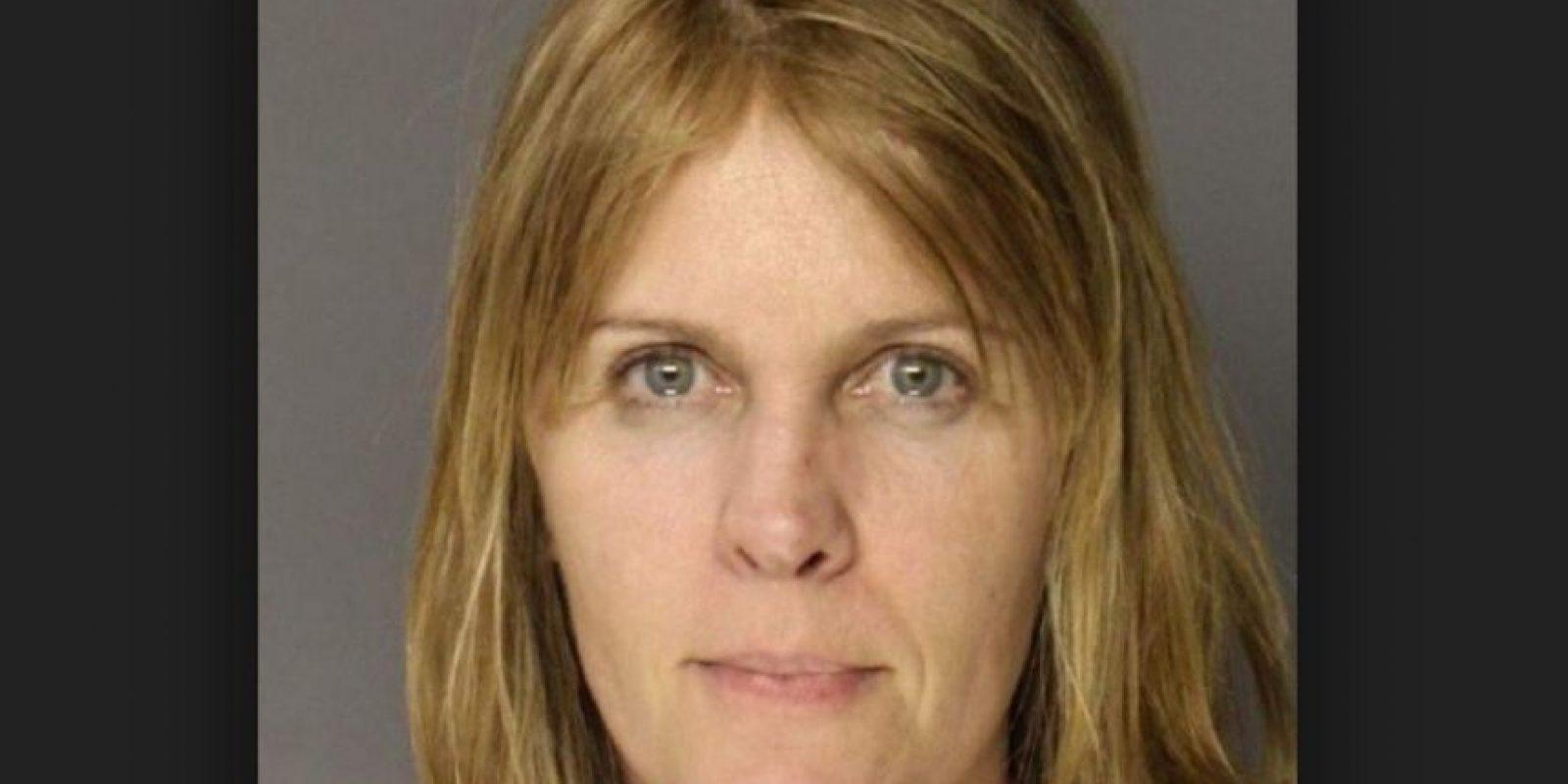 Sandra Beth Geisel fue arrestada por violar a un niño de 16 años de una escuela cristiana. Foto:Colonie Police Department