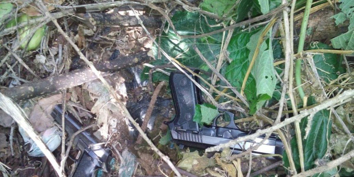 Padre e hijo guardaban este artefacto explosivo en su casa