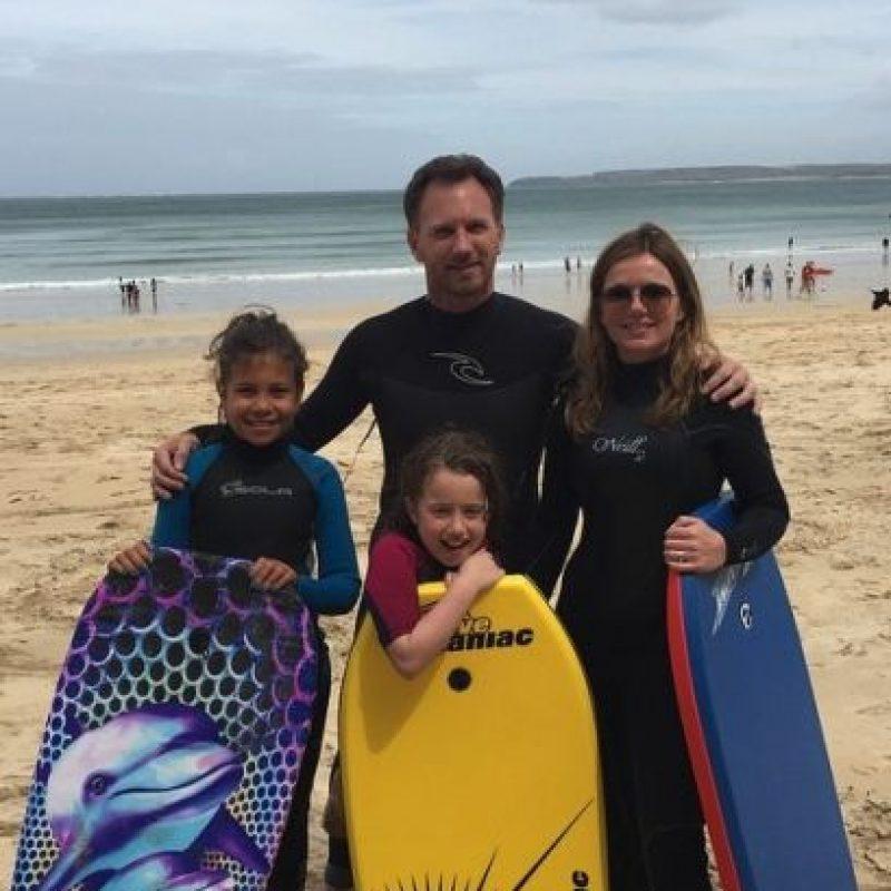 Ahora forman una familia con sus respectivas hijas. Foto:vía instagram.com/therealgerihalliwell