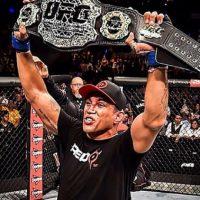 Fabricio Werdum es el actual Campeón de los Pesos Pesado de la UFC Foto:Vía instagram.com/werdum