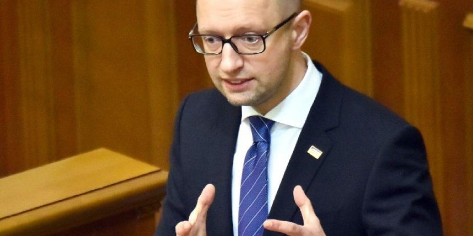 El primer ministro Arseni Yatseniuk ofrecía un discurso Foto:AFP