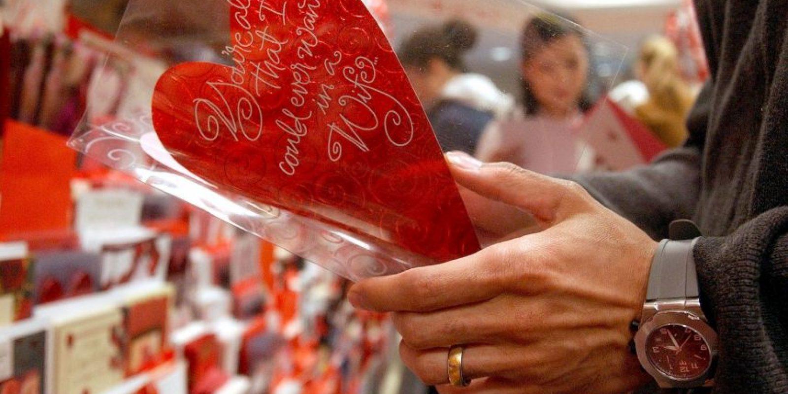 """""""Antiguamente el matrimonio podría haber sido visto como el único camino para que las parejas jóvenes obtuvieran el apoyo social y el compañerismo que es importante para la salud emocional"""", dijo Kamp Dush. Foto:Getty Images"""