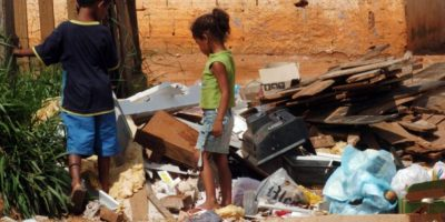 Pobreza extrema aumenta 8.1%