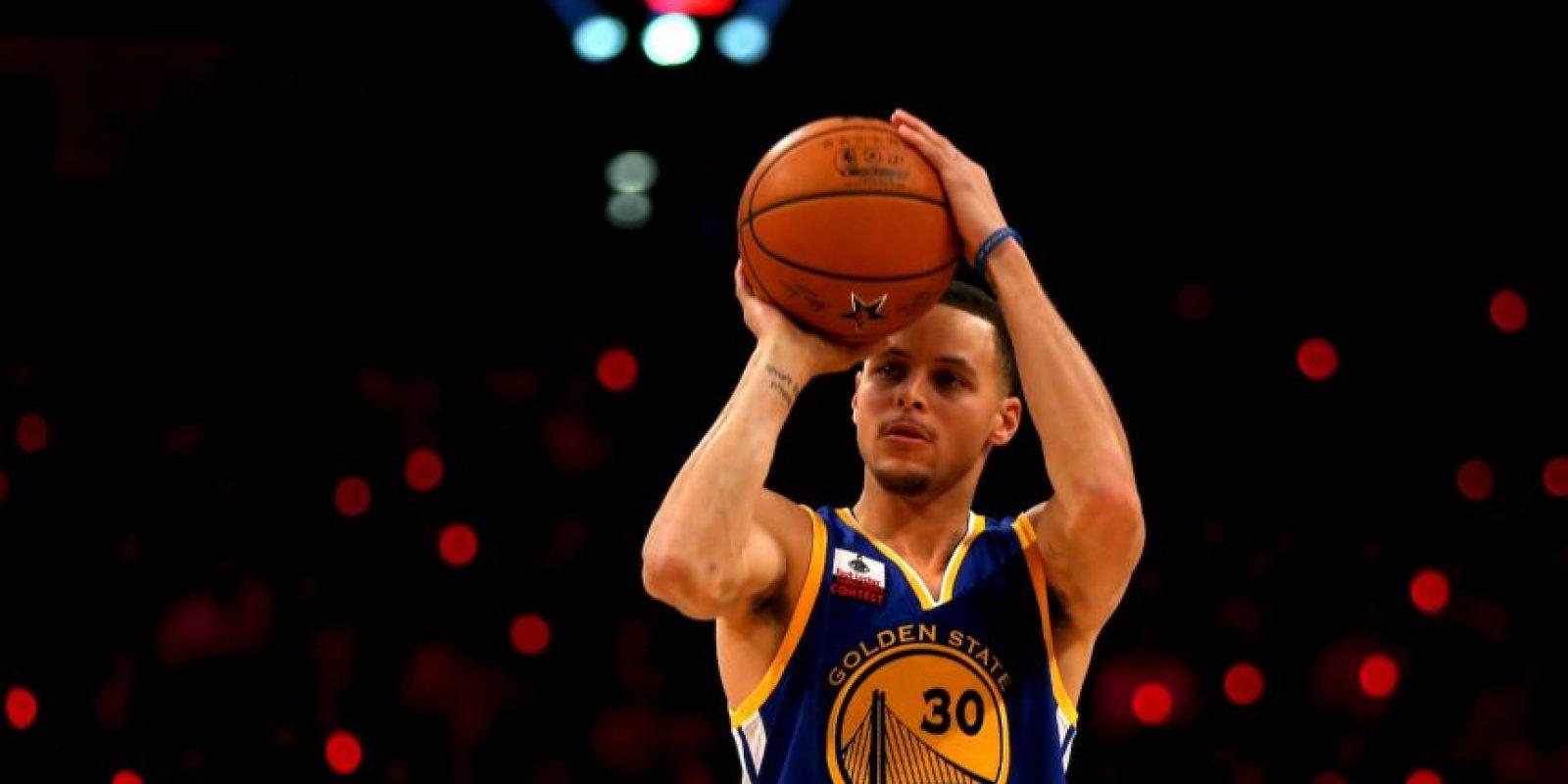 4.3 millones de personas siguen al MVP de la temporada 2015 de la NBA. Foto:Getty Images