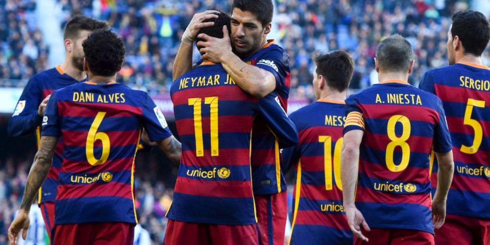 """Con 14 jornadas disputadas, el """"Barça"""" es líder único con 34 puntos. Foto:Getty Images"""