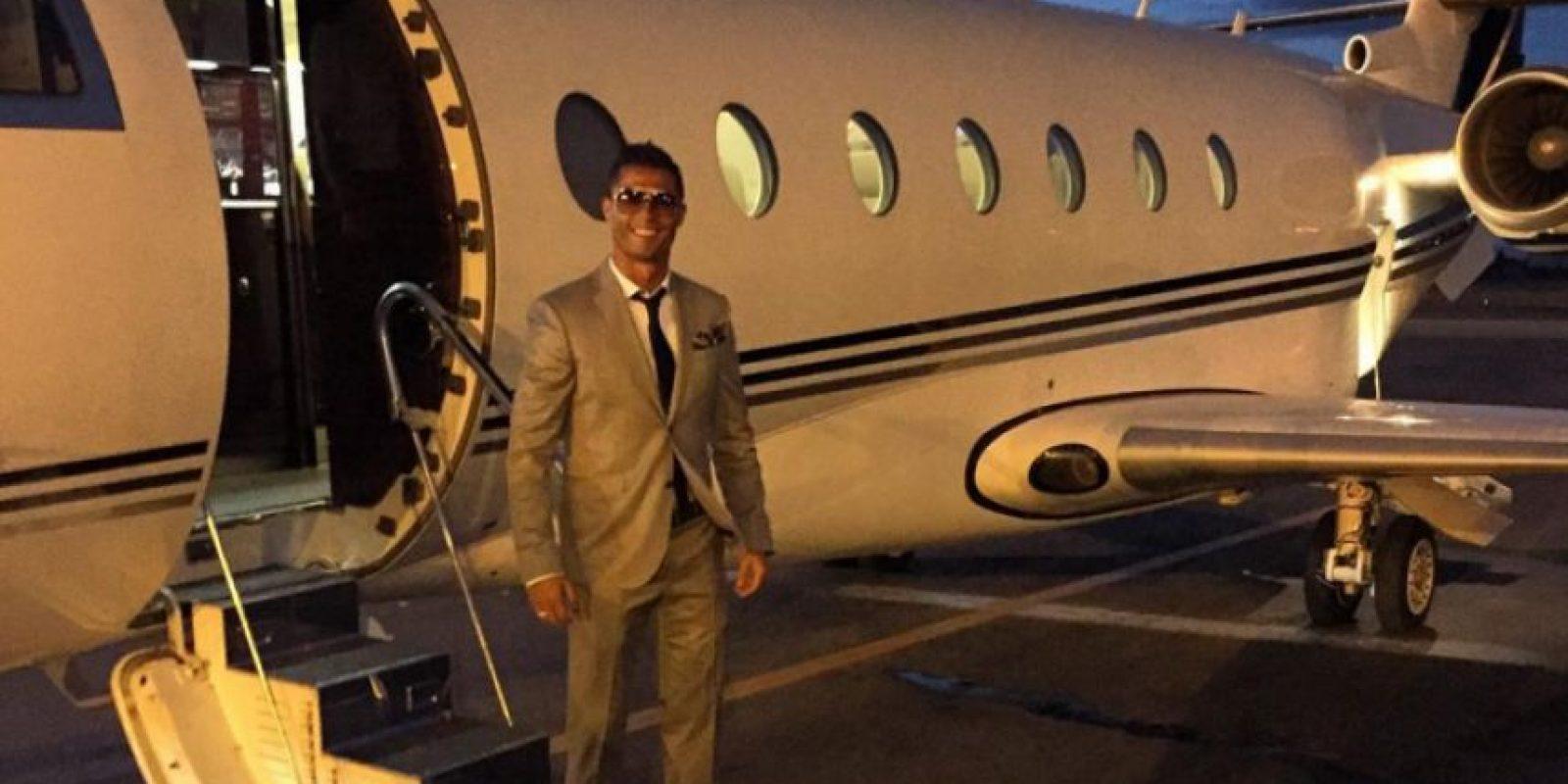 """Luego, """"CR7"""" adquirió un jet privado, y gracias a él, comenzó a viajar con mayor frecuencia a Marruecos para estar con su amigo. Foto:Vía instagram.com/Cristiano"""