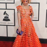 Joy Villa en los Grammy, con material de construcción en su vestido, literalmente. Ella estaba encantada con su vestido, le dijo a este medio. Foto:vía Getty Images