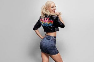 En las pantallas de la WWE y también en la vida real, es novia del luchador Rusev. Foto:WWE