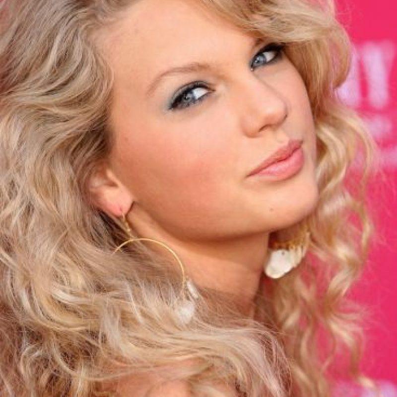 Se convirtió en la cantautora más joven contratada por Sony/ATV. Foto:Getty Images