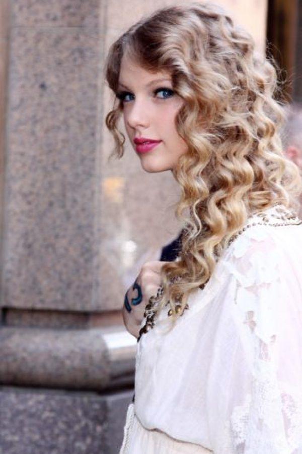 La cantante teme a perder alguna extremidad por culpa de un erizo de mar. Foto:Getty Images