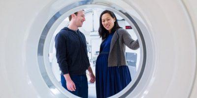 Mark y su esposa, Priscilla Chan, visitaron el lugar donde nacería Max. Foto:facebook.com/zuck