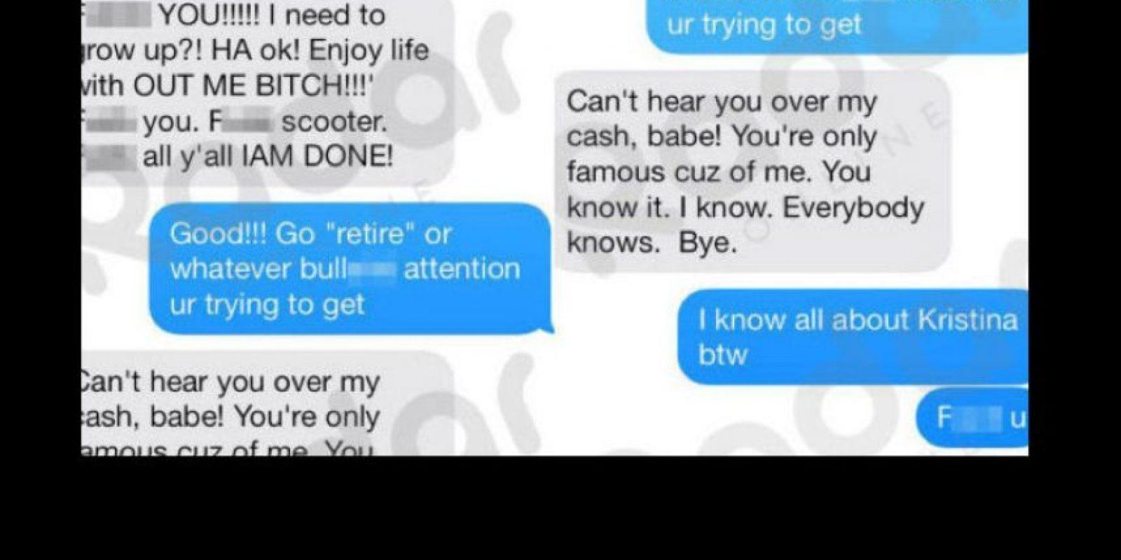 Los mensajes de texto hacia Selena Gómez. Foto:vía RadarOnline