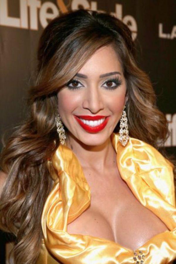 También apareció en varios clubs de striptease. Foto:vía Getty Images