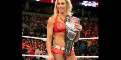 Charlotte enfrentó a Paige por el Campeonato de las Divas Foto:WWE