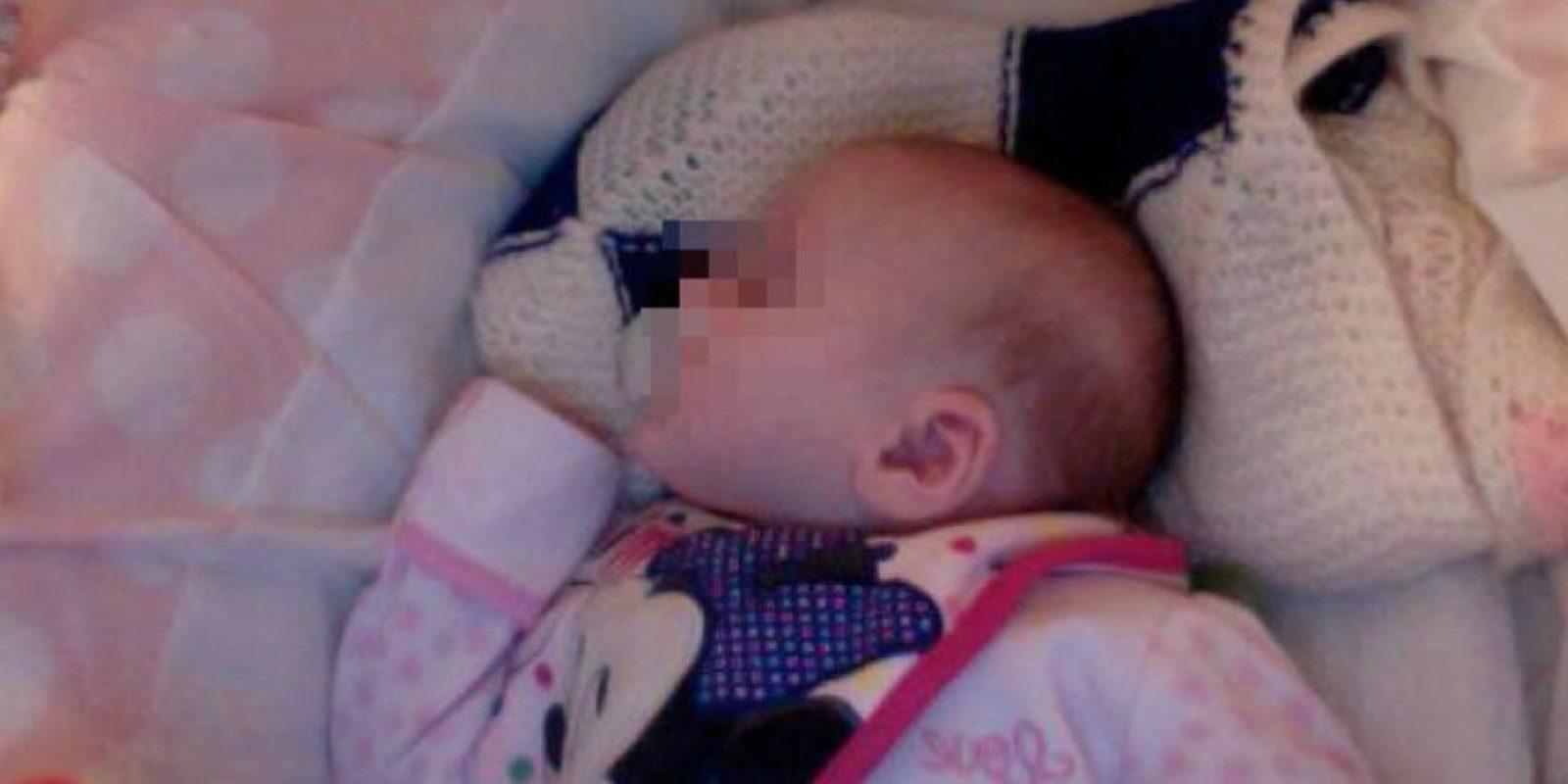 Poco después de que su pequeña naciera. Foto:Vía Twitter/@TinaMalone