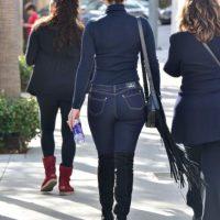 Pero esta no es la primera vez que la vemos luciendo unos ajustados jeans… Foto:Grosby Group