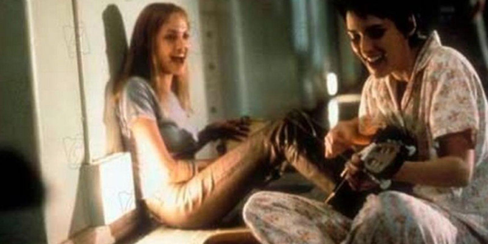 """9- """"Inocencia interrumpida"""" es un filme basado en las memorias escritas por la autora estadounidense Susanna Kaysen y publicadas en 1993. Angelina Jolie logró ganar el Óscar a la mejor actriz de reparto en el 2000. Foto:3 Art Entertainment"""
