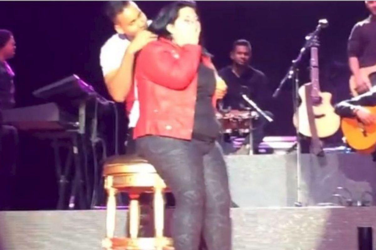 Romeo acostumbra consentir a sus fans con bailes. Foto:vía youtube.com