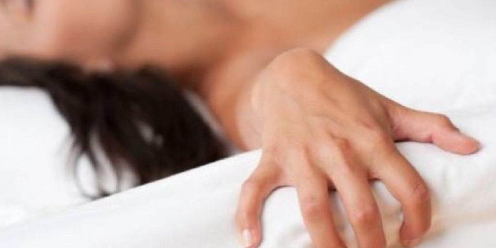 4. El tipo de orgasmo más común en las mujeres es el de la estimulación de clítoris. No obstante, muchas mujeres reportan que alcanzan un orgasmo más intenso por la estimulación del clítoris en conjunto con otras áreas genitales o extragenitales. Foto:Tumblr