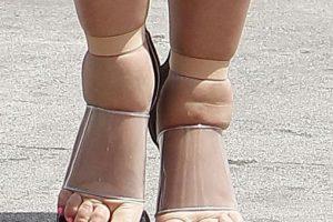 Y zapatos que realmente la lastimaban Foto:Grosby Group