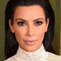 Kim Kardashian con maquillaje Foto:Getty Images