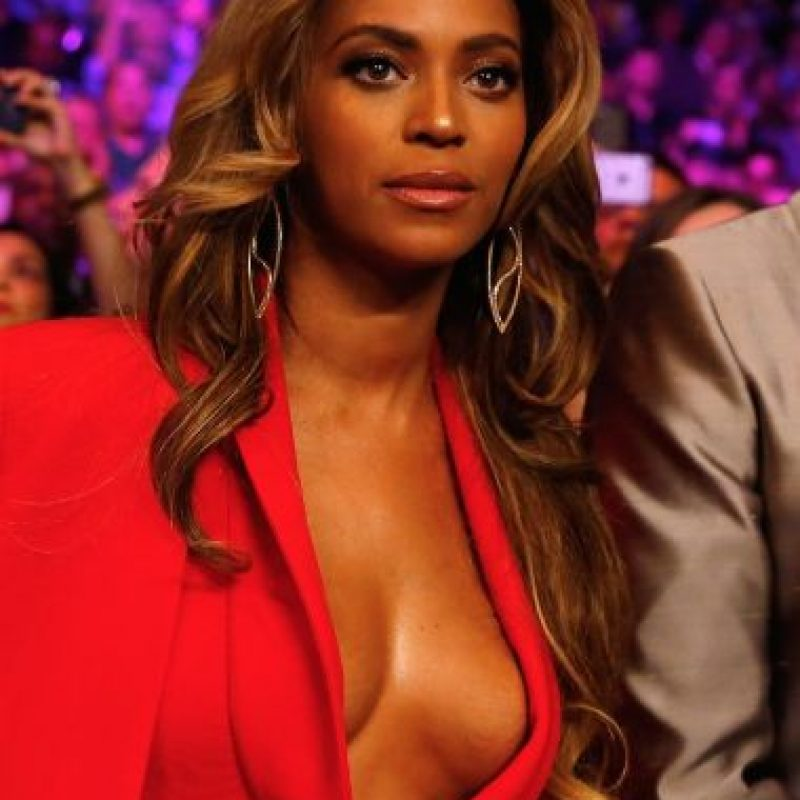 Beyoncé con maquillaje Foto: Getty Images