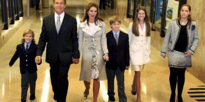 Desde su trabajo en Hollywood hasta en sus años como gobernador de California, el actor siempre recibió el apoyo de su familia. Foto:Getty Images